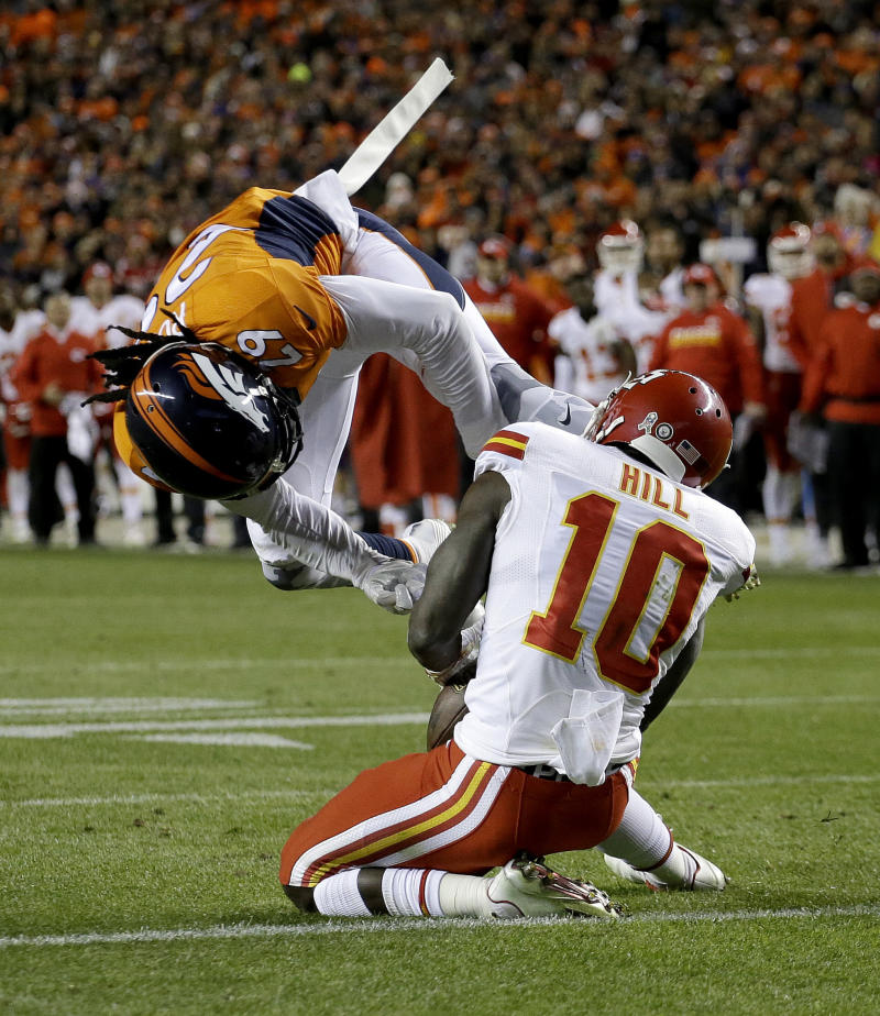 Offensive first half: Chiefs lead Broncos, 9-3