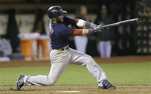 Pedroia's hit leads Red Sox past A's, 4-2
