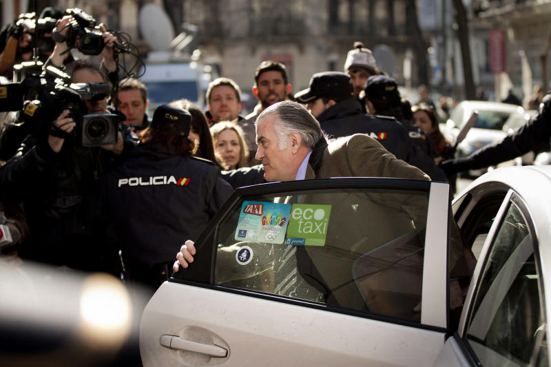Spanish ex-party treasurer quizzed over accounts