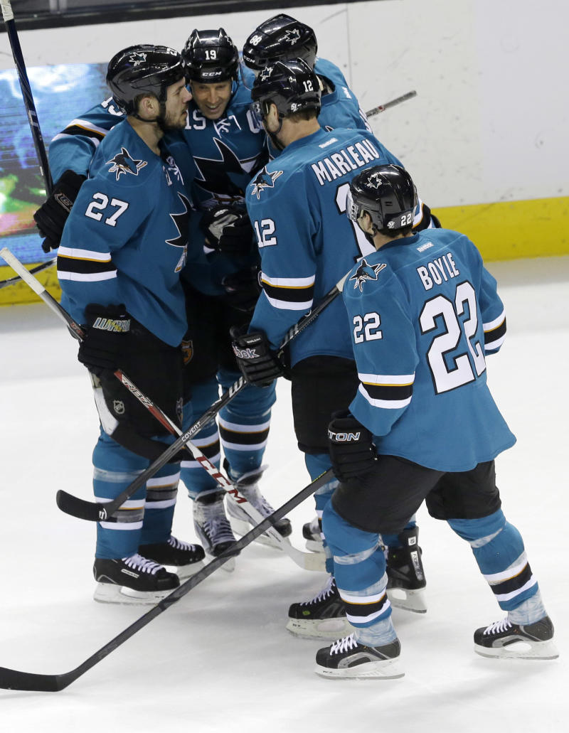 McCarthy's goal helps Sharks beat Blue Jackets 3-2