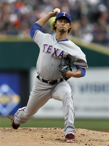 Rangers rout Tigers 10-3 in ALCS rematch
