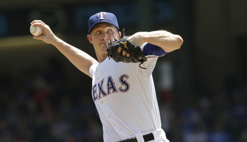 Rangers avoid sweep with 3-1 win over Royals