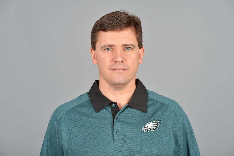 Eagles assistant Lazor hired as Miami coordinator