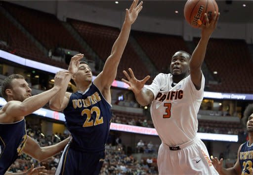 Pacific holds off UC Irvine to win Big West, 64-55