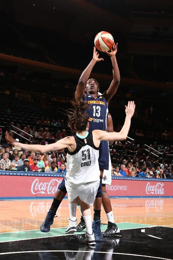 Charles and Pondexter help Liberty hold off Sun