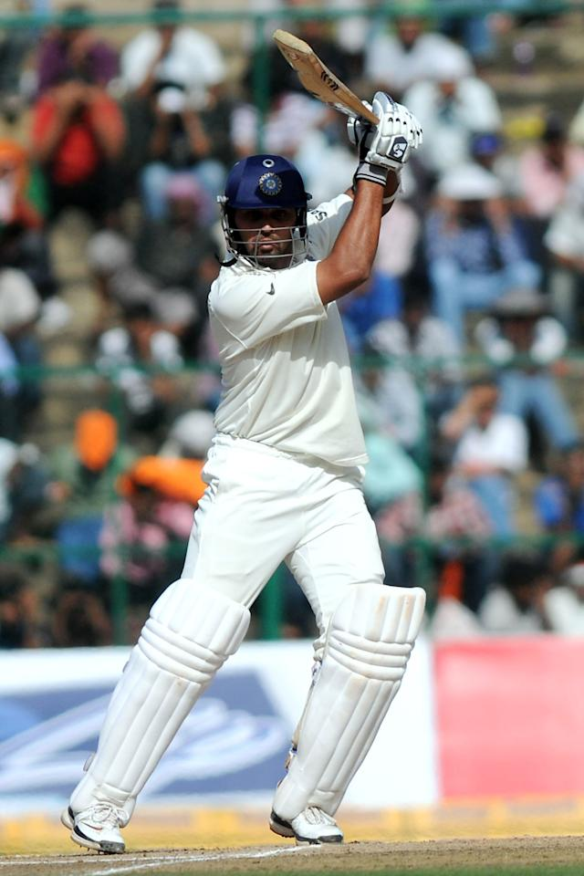 BANGALORE, INDIA - OCTOBER 11:  Murali Vijay of India bats during day three of the Second Test match between India and Australia at M.Chinnaswamy Stadium on October 11, 2010 in Bangalore, India.  (Photo by Pal Pillai/Getty Images)