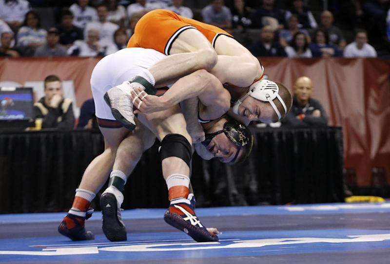 Penn State wins 4th straight wrestling title