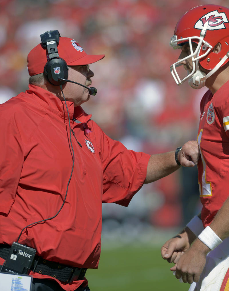 Chiefs' Smith eschews gaudy stats for simple wins