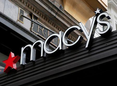 Macy's plans to close 100 stores, boost online investment
