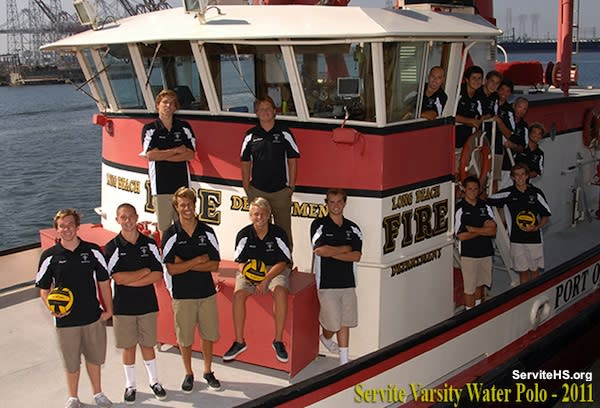 Servite water polo team