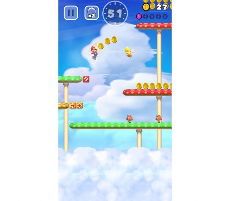 Super Mario Run jumping.