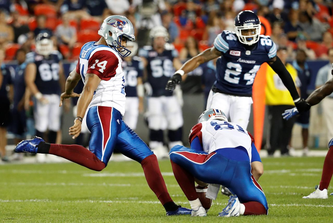 Montreal Alouettes kicker Boris Bede misses a field goal attempt against the Toronto Argonauts during the second half of their CFL game in Toronto, July 25, 2016.     REUTERS/Mark Blinch