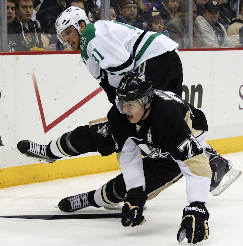 Penguins C Malkin out 2-3 weeks with foot injury