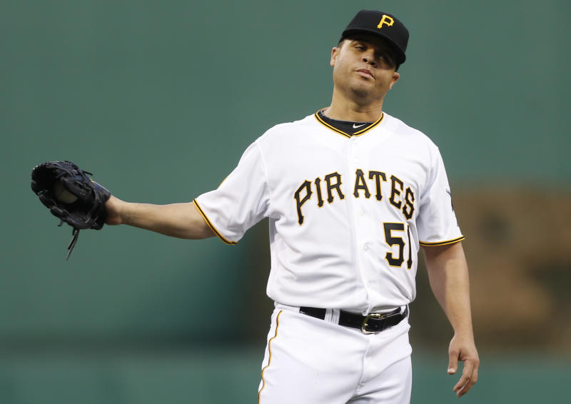 Rodriguez placed on DL by Pirates with sore knee