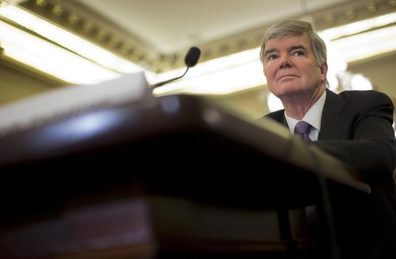 Emmert paid $1.7 million as NCAA revenues increase