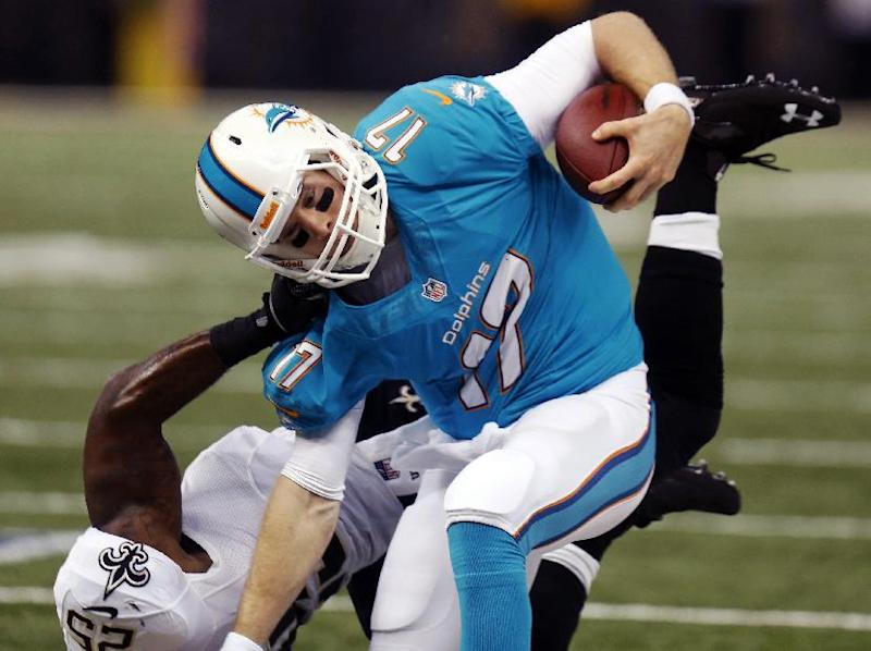 Dolphins hope for better pass protection Sunday