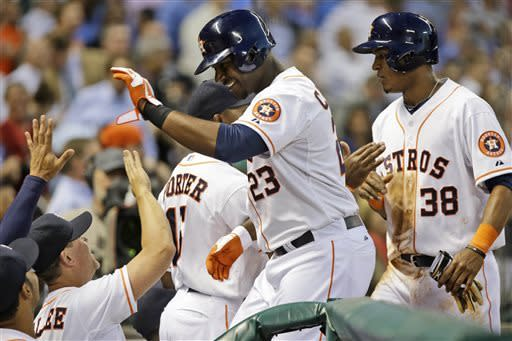 Astros end 6-game skid with 7-6 win over Angels