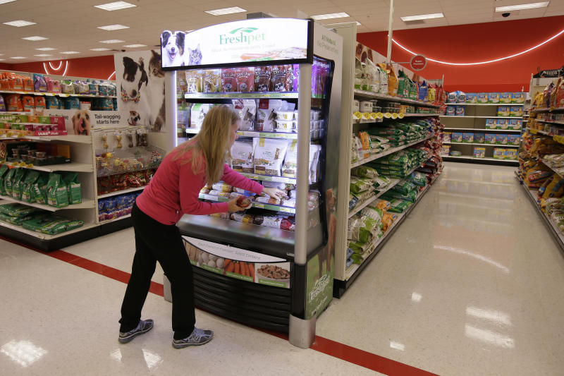 Owners urged to pay attention to pet food labels