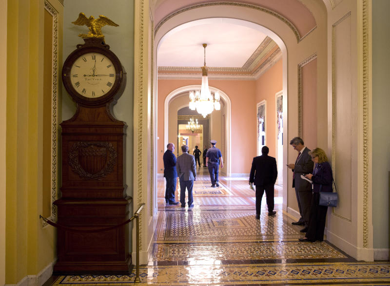 House GOP, White House seeking end to budget fight