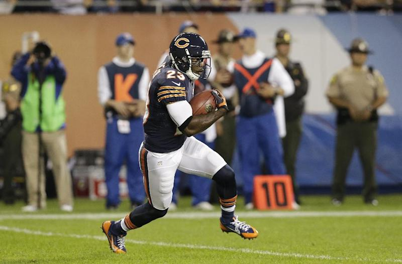 Bears' Hester ties NFL mark with 19th return TD