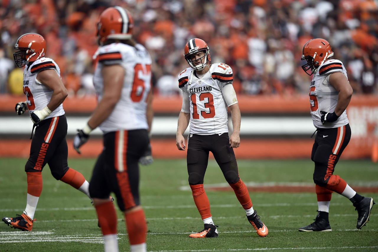 Cleveland Browns quarterback Josh McCown (13) reacts after his pass was intercepted by Baltimore Ravens inside linebacker C.J. Mosley in the final seconds of the second half of an NFL football game, Sunday, Sept. 18, 2016, in Cleveland. (AP Photo/David Richard)