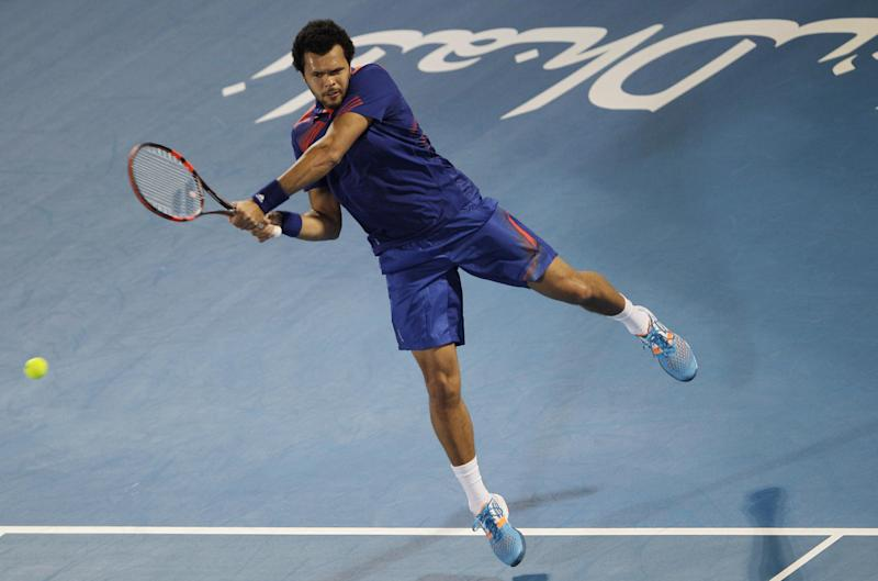 Tsonga beats Murray in Abu Dhabi
