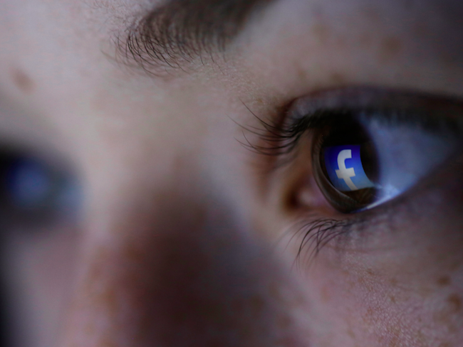 Facebook using artificial intelligence to help suicidal users