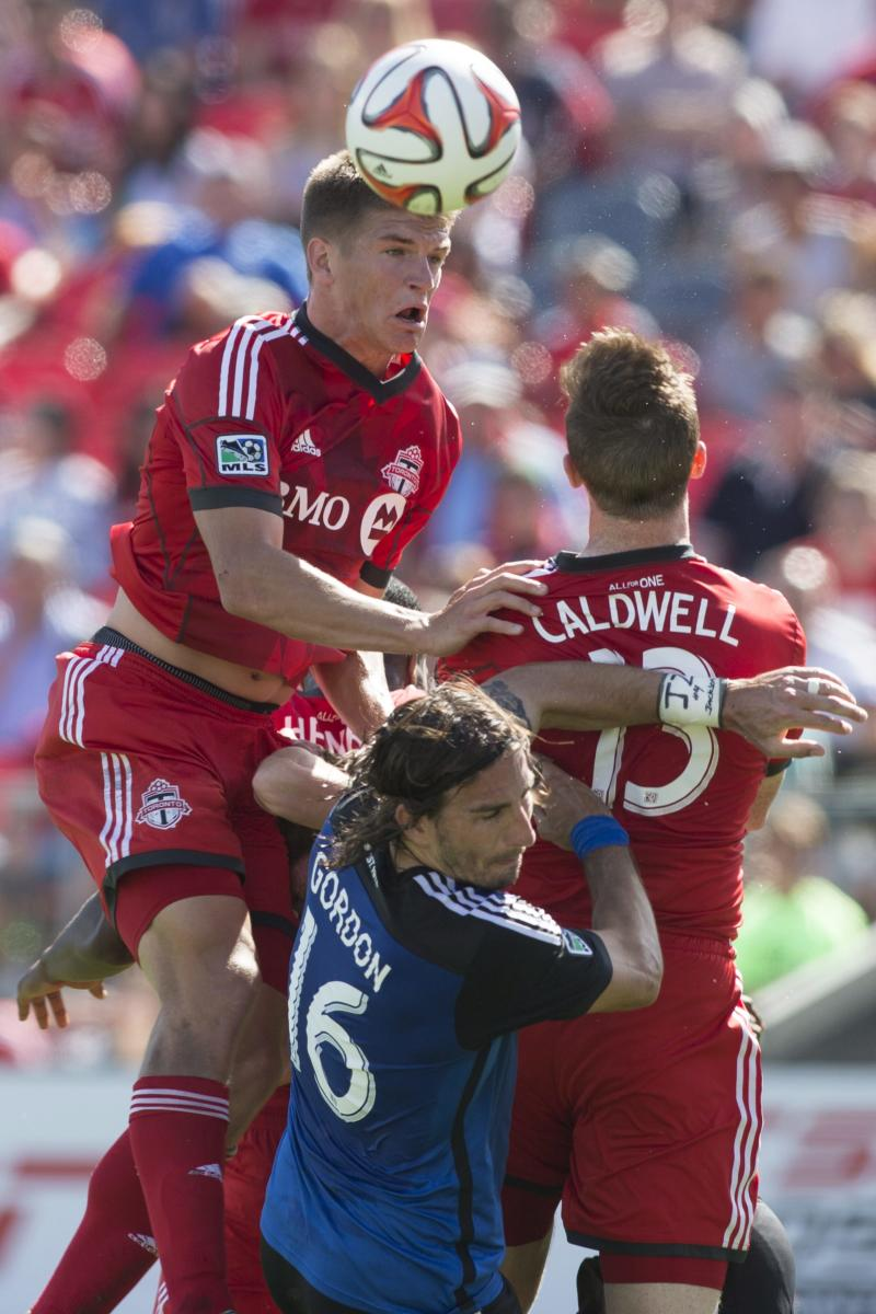 Toronto FC blanks Earthquakes 1-0