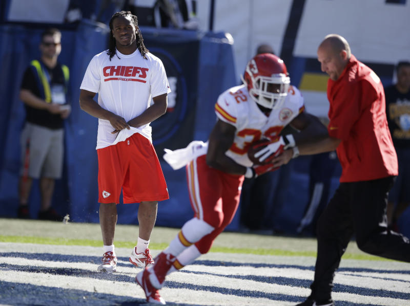 Chiefs' Charles out vs. Colts with concussion