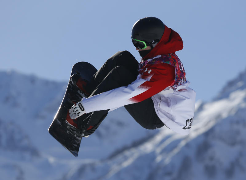 Parrot takes lead in Olympic debut of slopestyle