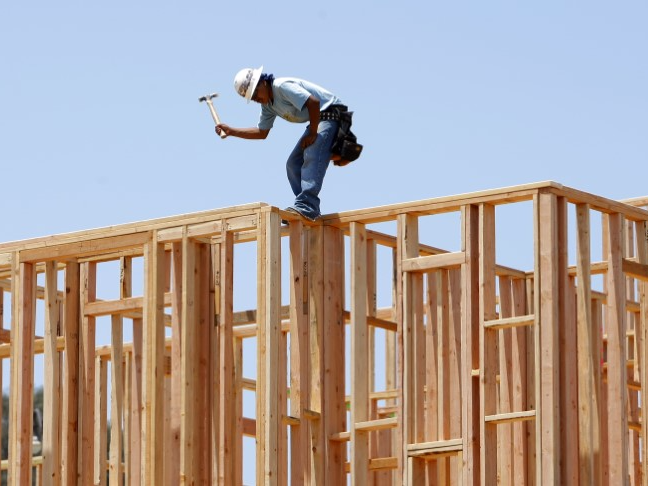 U.S. homebuilder confidence steady ahead of elections in November, NAHB says