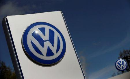 Volkswagen to cut 30000 jobs by 2020
