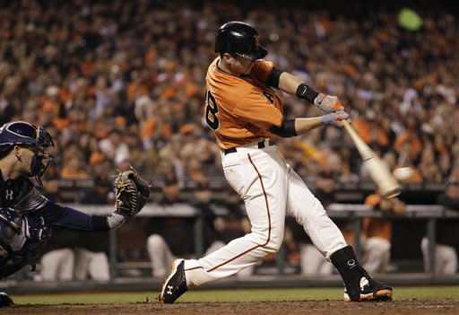 Posey, Sandoval lead Giants past Padres 5-1