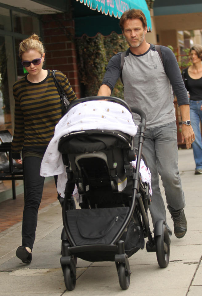 Stephen Moyer and Anna Paquin take their babies to the doctor's office in Beverly Hills, CA. Pictured: Stephen Moyer and Anna Paquin  Ref: SPL456114  081112  Picture by: Zodiac / Splash News   Splash News and Pictures Los Angeles:310-821-2666 New York:212-619-2666 London:870-934-2666 photodesk@splashnews.com