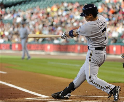 Brewers hit 3 HRs, send Astros to 9th loss in row