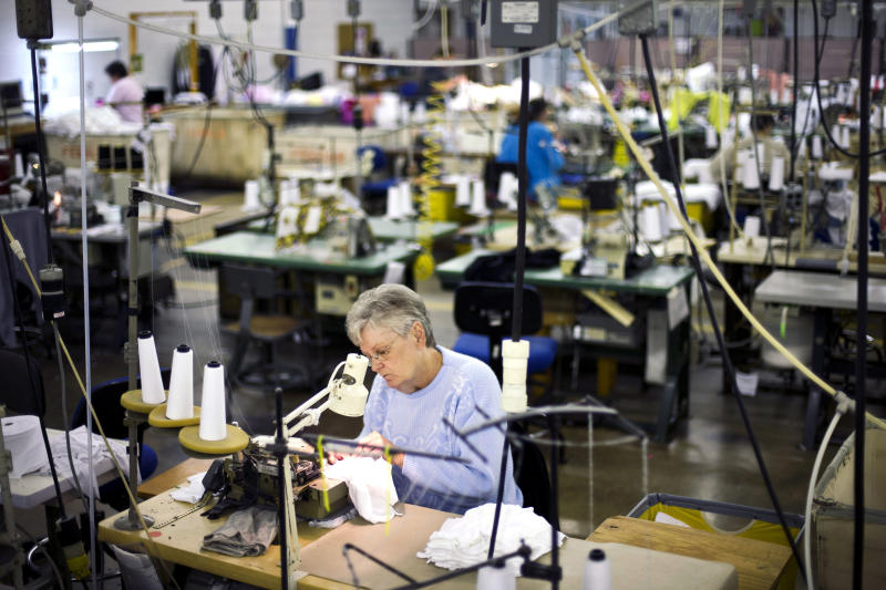US manufacturing expands at faster pace in October