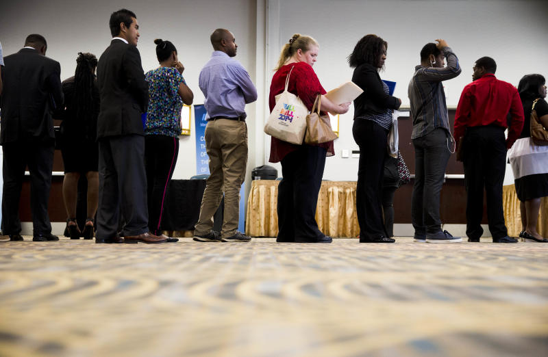 US job growth eases but tops 200K for a 6th month