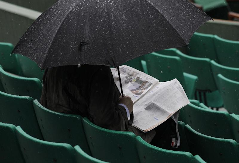 French Open Watch: Blame it on the rain