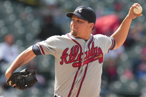 Upton brothers go back-to-back as Braves sweep DH