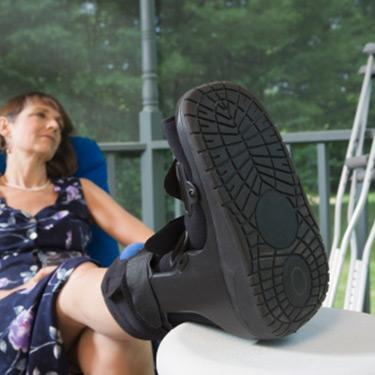 Middle-aged-disabled-woman-sitting-on-chair_web