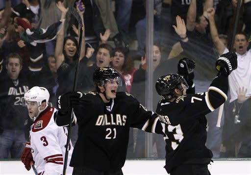 Ribeiro leads Stars past Coyotes in SO
