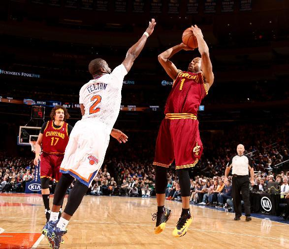 Jack, Cavs snap Knicks' 8-game win streak
