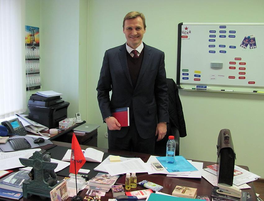 Retired NHL superstar Sergei Fedorov is the head manager of CSKA Moscow, the fabled Central Red Army team. (#NickInEurope)