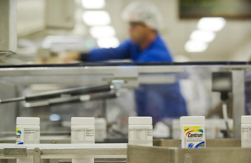 News Summary: Pfizer 2Q net income jumps 25 pct