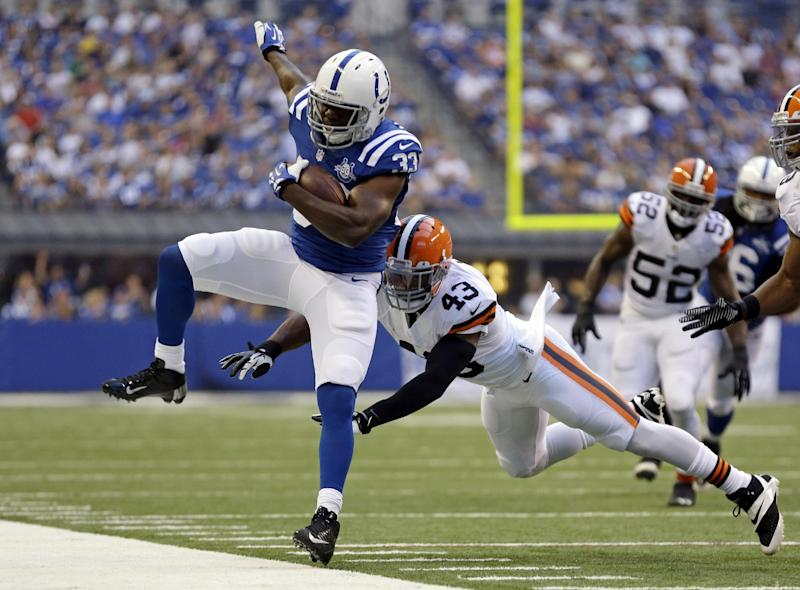 Colts take defensive approach to beat Browns 27-6