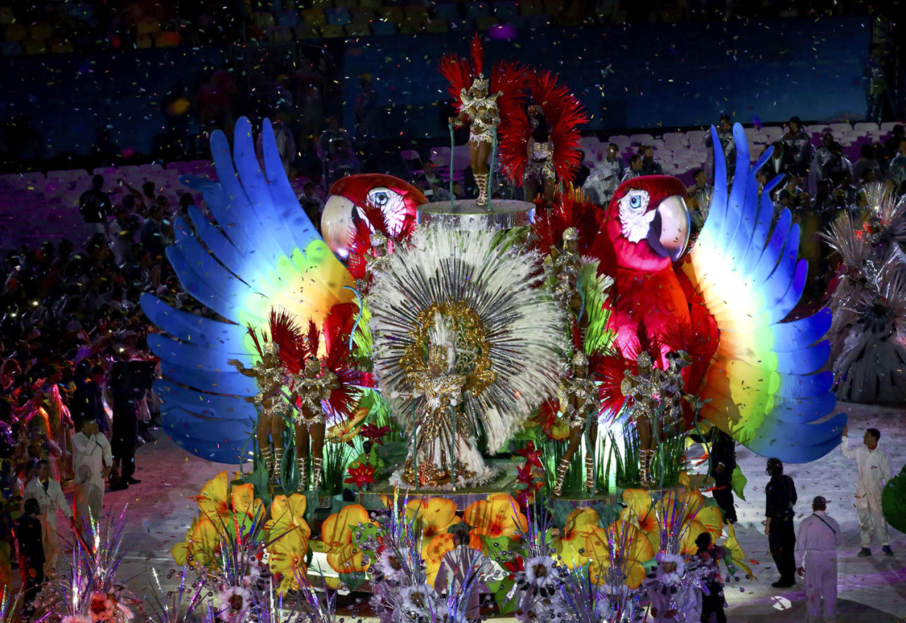 <p>Performers take part in the closing ceremony at the 2016 Rio Olympics. (REUTERS/Vasily Fedosenko) </p>