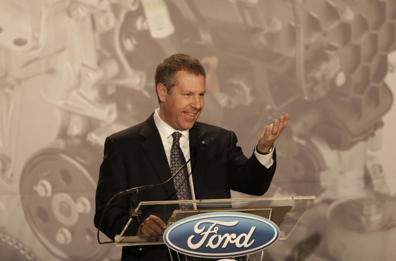 Ford boosts small-engine production in US