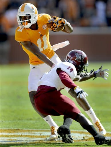 Tennessee rallies to edge Troy 55-48 in shootout