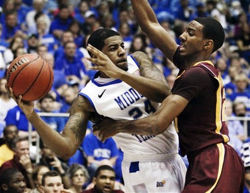 Minnesota tops Middle Tennessee to reach NIT semis
