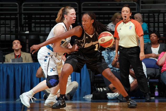 Chamique Holdsclaw, former WNBA star, arrested for domestic violence incident